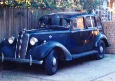 1939 Hillman 14